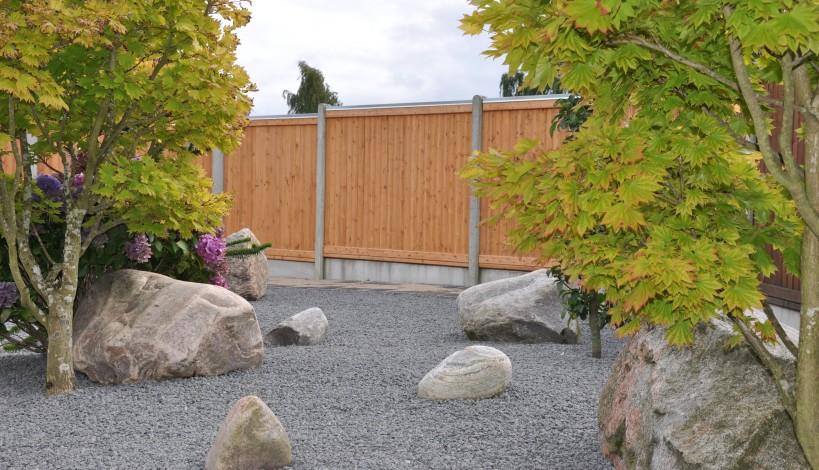 Lægtehegn omkring den japanske have