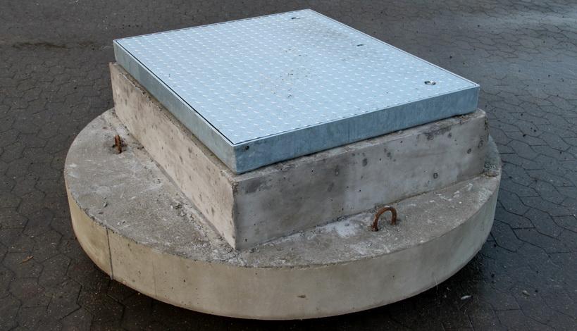 beton element - kørefast til vej.