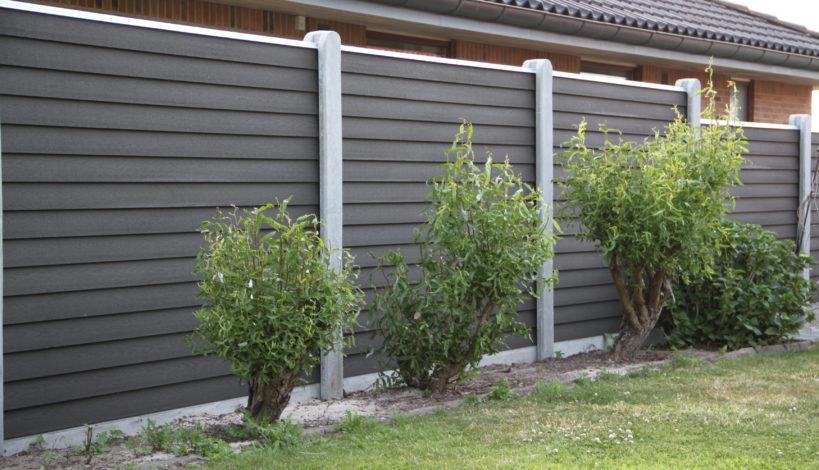 TopKompo havehegns eget kvalitet og vedligholdelsesfrit hegn